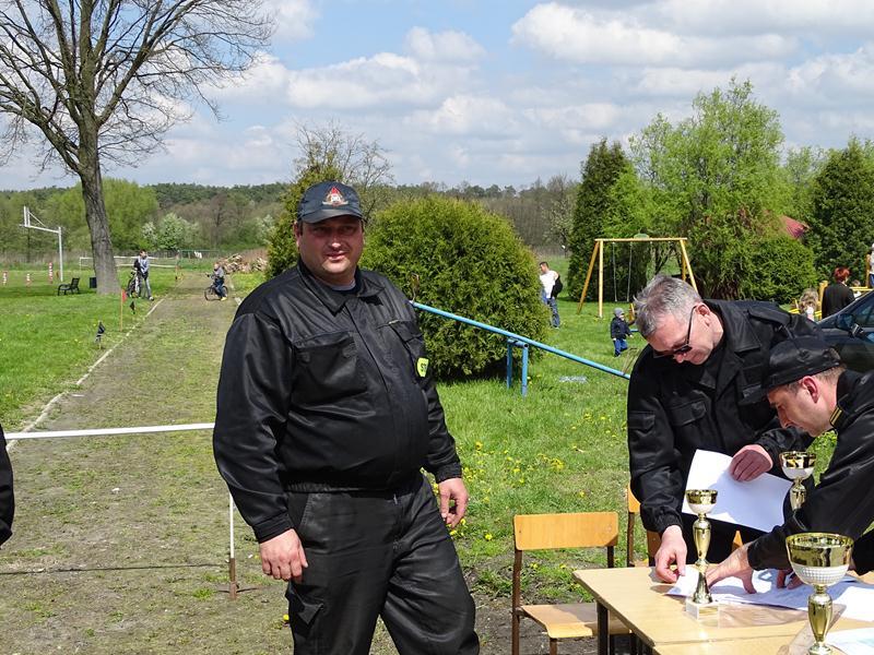 Gminne Zawody Sportowo-Pożarnicze 01.05.2016r. Dzierzkowice-Wola